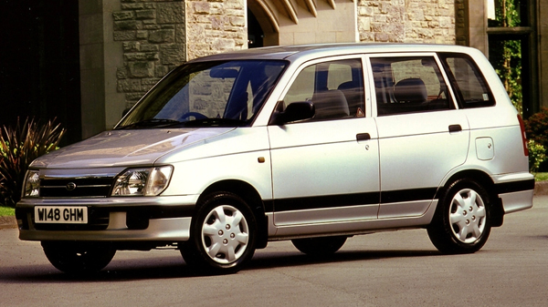 Daihatsu Grand Move (1999-2002)