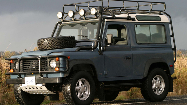 Land Rover Defender (2001-2006)